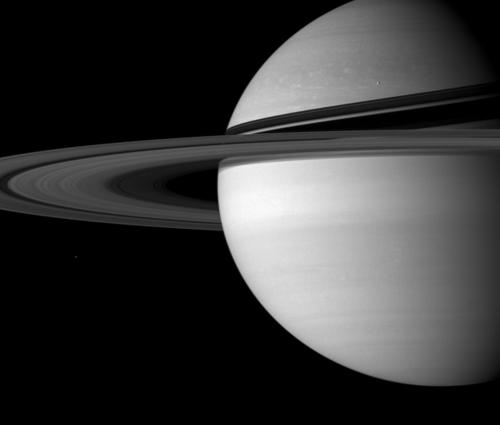 Saturn photo by Cassini spacecraft