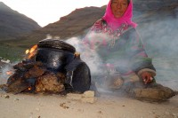 Mt Kailash: Woman by her cookfire