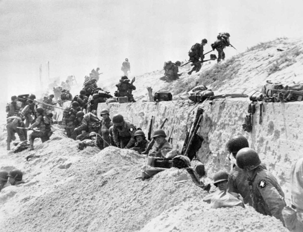D-Day soldiers on the beach