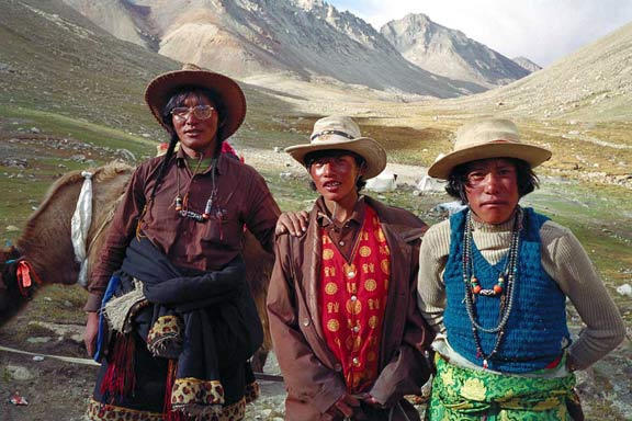 Tibetans on Mt Kailash, photo: Scott Carrier