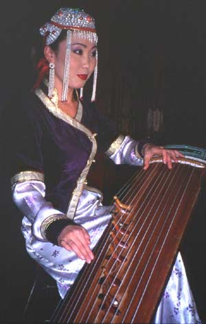 Narangerel Buyanjargal playing yatig